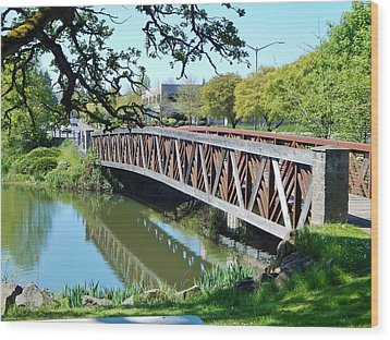 Bridge At Cox Creek Wood Print