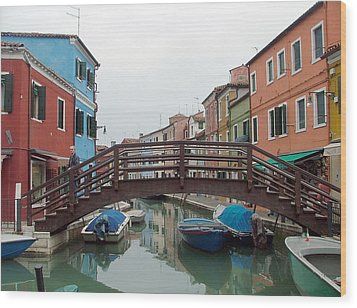 Bridge In Burano Italy Wood Print by Mindy Newman