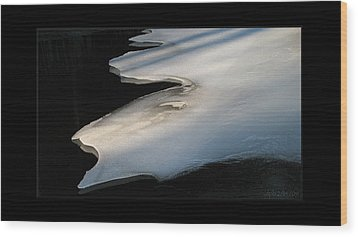 Bright Ice Black Water Wood Print by Doug Bratten
