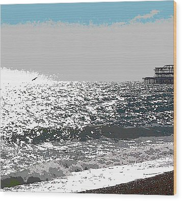 Brighton West Peer Wood Print