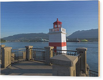 Brockton Point Lighthouse In Vancouver Bc Wood Print by David Gn
