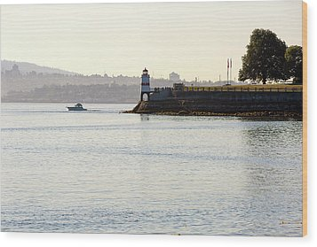 Brockton Point Lighthouse On Peninsula At Stanley Park Wood Print by David Gn