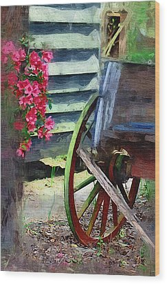 Wood Print featuring the photograph Broken Wagon by Donna Bentley