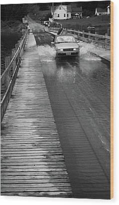 Wood Print featuring the photograph Brookfield, Vt - Floating Bridge Bw by Frank Romeo