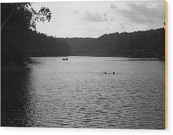 Wood Print featuring the photograph Brookfield, Vt - Swimming Hole Bw 2 by Frank Romeo