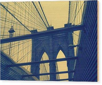 New York City's Famous Brooklyn Bridge Wood Print by Paulo Guimaraes