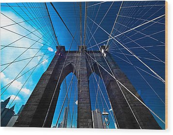 Brooklyn Bridge Vertical Wood Print by Thomas Splietker