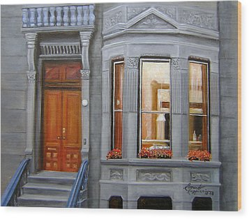 Brooklyn Brownstone Window Wood Print