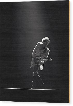 Bruce Springsteen In The Spotlight Wood Print by Mike Norton
