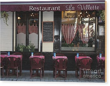 Brussels - Restaurant La Villette Wood Print by Carol Groenen