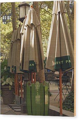 Bryant Park Wood Print by Luis Lugo