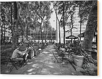 Wood Print featuring the photograph Bryant Park Reading by John Rizzuto