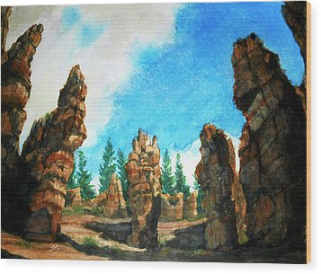 Bryce Canyon Wood Print by Stephen Boyle