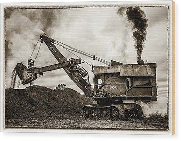 Bucyrus Erie Shovel Wood Print by Paul Freidlund