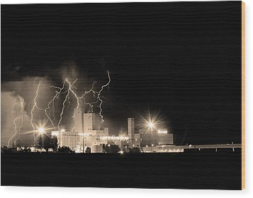 Budweiser Lightning Thunderstorm Moving Out Bw Sepia Wood Print by James BO  Insogna