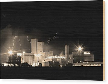 Budwesier Brewery Lightning Thunderstorm Image 3918  Bw Sepia Im Wood Print by James BO  Insogna