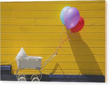Buggy And Yellow Wall Wood Print by Garry Gay