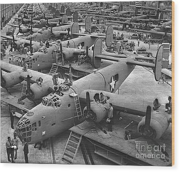 Building The B24 Fleet 1943 Bw Wood Print by Padre Art