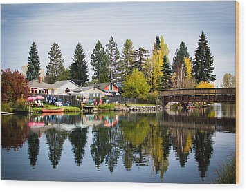 bungalows on the Deschutes Wood Print