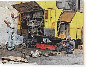 Bus Repairs Wood Print by Dawn Currie