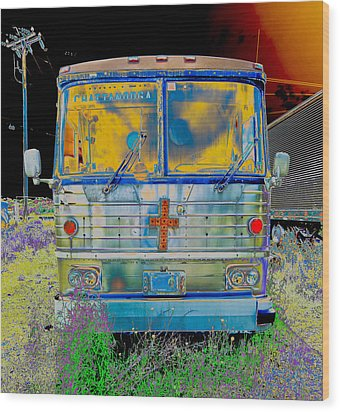 Bus To Chattanooga Wood Print by Julie Niemela
