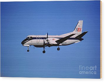 Business Express, Delta Connection, N353be, Bex Saab 340b Wood Print