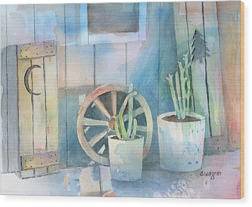 By The Side Of The Shed Wood Print by Arline Wagner