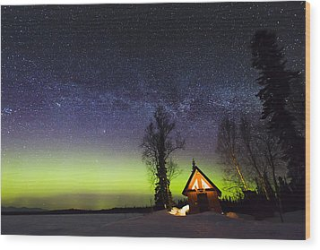Cabins Glow Wood Print by Ed Boudreau