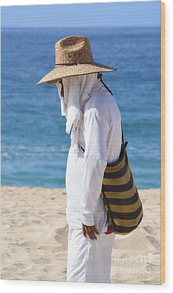 Cabo Beach Hawker. Wood Print