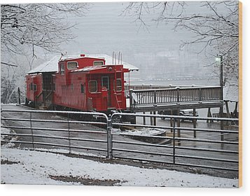 Caboose In Snow Wood Print by Eric Armstrong