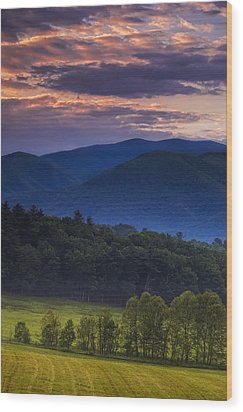 Cades Cove Morning Wood Print by Andrew Soundarajan