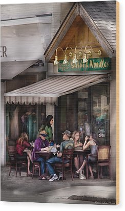 Cafe - Westfield Nj - Gabi's Sushi And Noodles Wood Print by Mike Savad