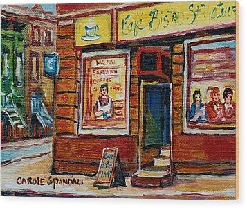 Cafe Bistro St. Viateur Wood Print by Carole Spandau