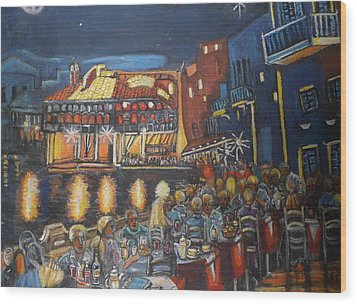 Cafe Scene At Night Wood Print