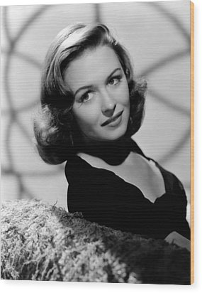 Calling Dr. Gillespie, Donna Reed, 1942 Wood Print by Everett