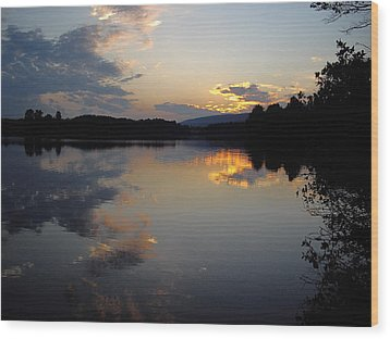 Wood Print featuring the photograph Calm Sunset by Vilas Malankar