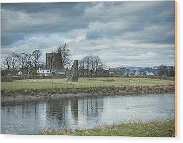Cambuskenneth Abbey And The River Forth Wood Print
