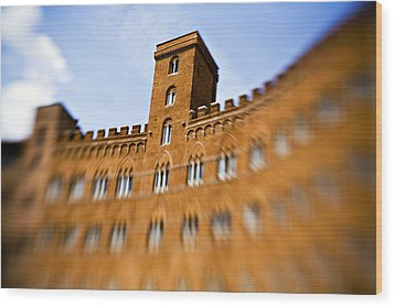 Campo Of Siena Tuscany Italy Wood Print by Marilyn Hunt