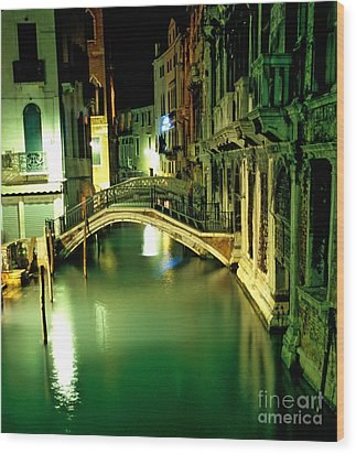 Canal And Bridge In Venice At Night Wood Print by Michael Henderson