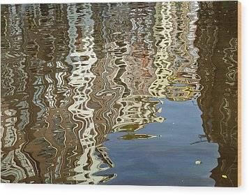 Canal House Reflections Wood Print by Joan Carroll