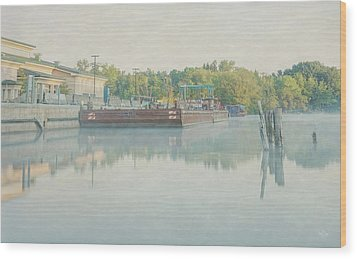 Wood Print featuring the photograph Canal In Pastels by Everet Regal