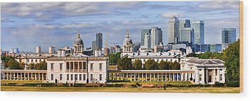 Wood Print featuring the photograph Canary Wharf by Gouzel -