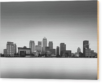 Canary Wharf Skyline Wood Print by Ivo Kerssemakers