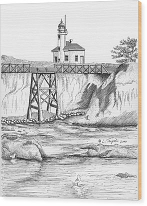 Cape Arago Lighthouse Wood Print by Lawrence Tripoli
