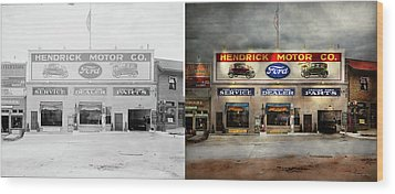 Wood Print featuring the photograph Car - Garage - Hendricks Motor Co 1928 - Side By Side by Mike Savad