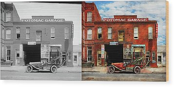 Wood Print featuring the photograph Car - Garage - Misfit Garage 1922 - Side By Side by Mike Savad