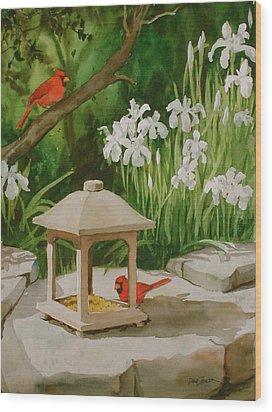 Cardinals Feeding Wood Print by Faye Ziegler