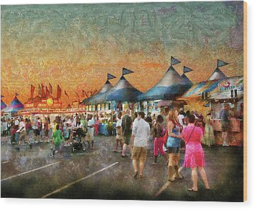 Carnival - Who Wants Gyros Wood Print by Mike Savad
