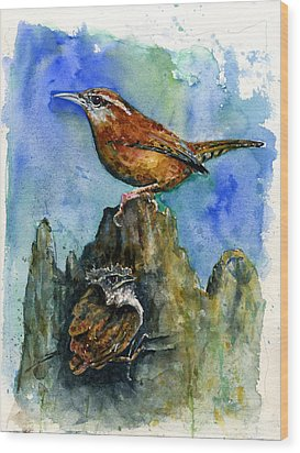 Carolina Wren And Baby Wood Print by John D Benson