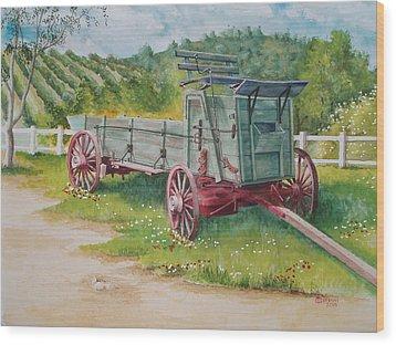 Carriage  Wood Print by Charles Hetenyi
